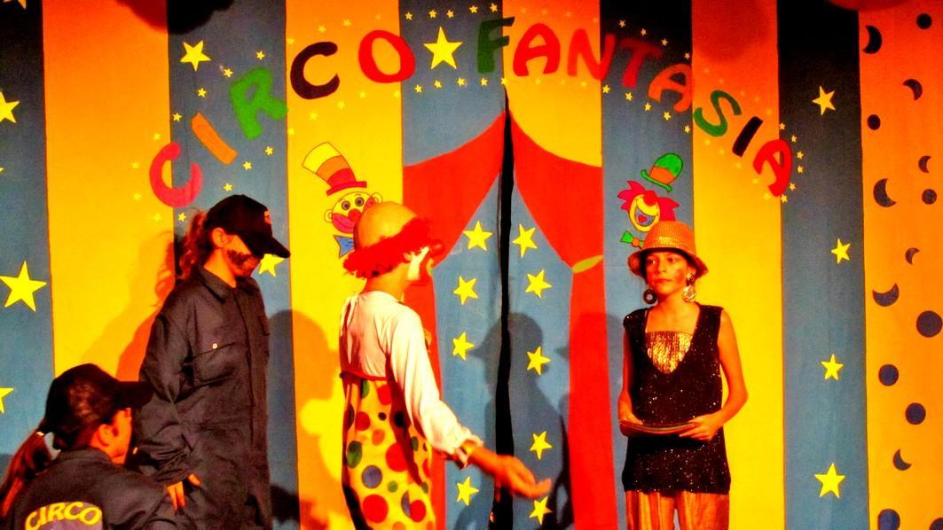 Ozarfaxinars: Clube Teatrus